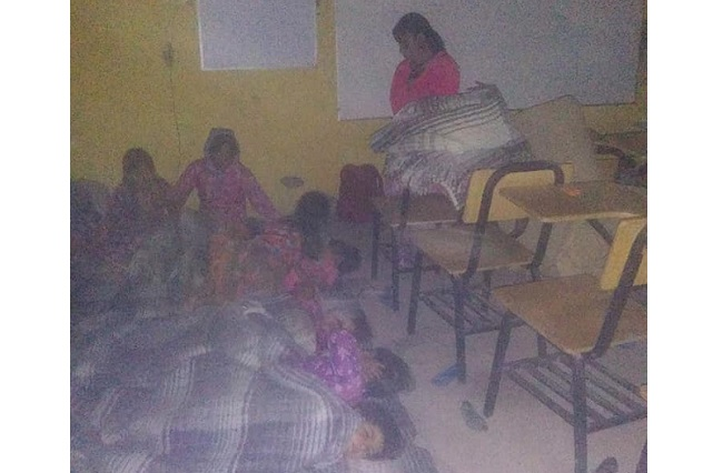 Pobreza de escuela rarámuri me parte el corazón, dice maestra a AMLO