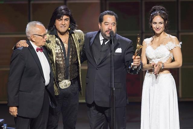 Premios TVyNovelas domina el rating el domingo