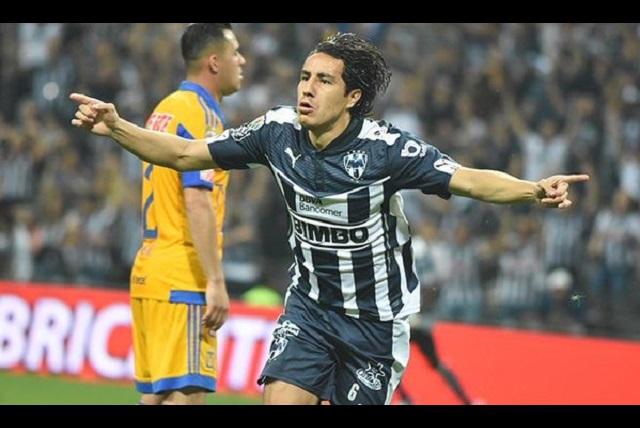Monterrey se lleva el clásico regio con gol de Efraín Juárez