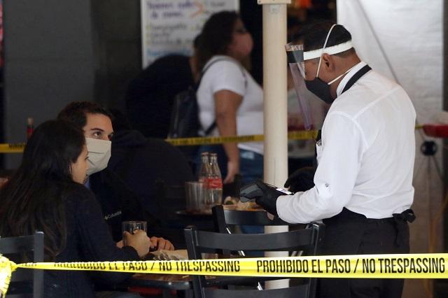 Comercios del centro de Puebla piden se les autorice más aforo