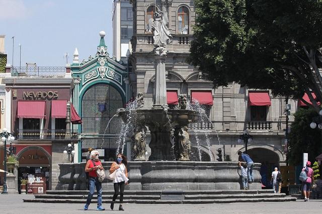 Dejan políticos su marca en el Zócalo de Puebla