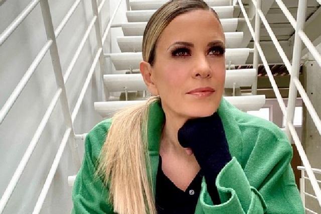 ¿Rebecca de Alba está hospitalizada tras dar positivo a Covid-19?