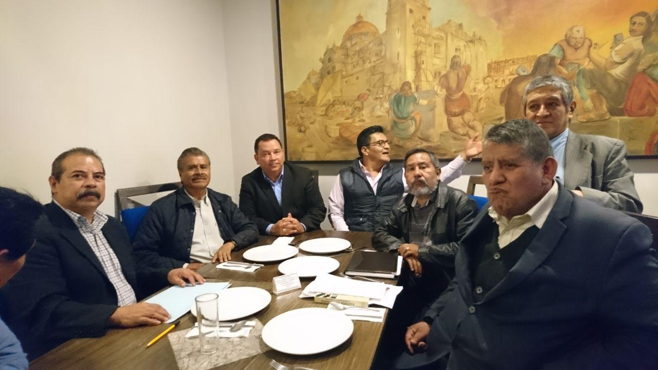 Opositores a Esparza exigen revocar proceso de elección de rector BUAP