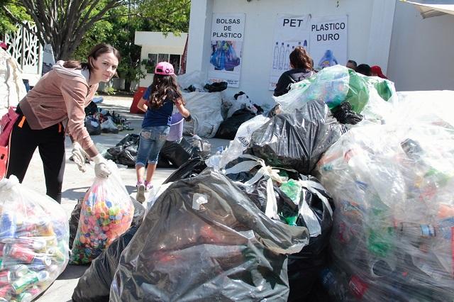 Ahora prohíben en Tehuacán las bolsas de plástico y fuegos artificiales