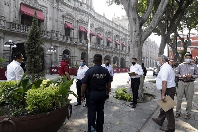 Acusan violencia en retiro de plantón en ayuntamiento de Puebla