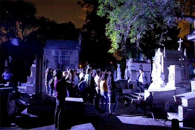 Inician recorridos gratuitos culturales en el Panteón Municipal