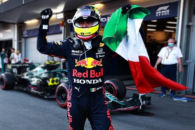Red Bull y 'Checo' visitarían CDMX en showrun previo al GP de México