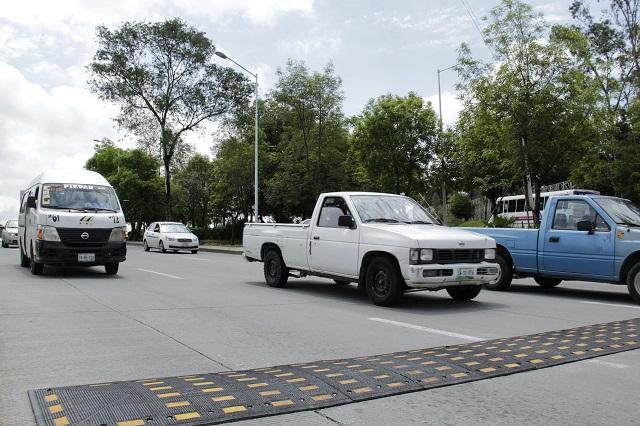 Quieren regular reductores de velocidad y topes en Puebla