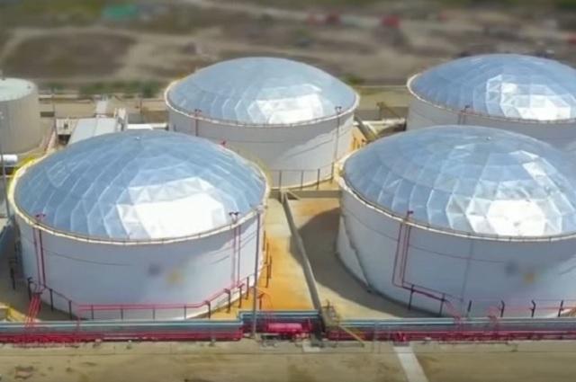 Nadie construye una refinería en 3 años, advierte Barclays