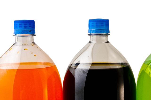 Contaminación y bebidas azucaradas, mezcla peligrosa para nuestro cuerpo