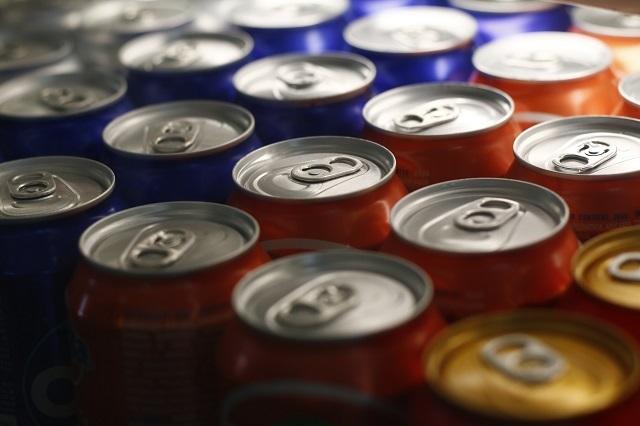 No ignores riesgos de tomar refrescos y bebidas azucaradas