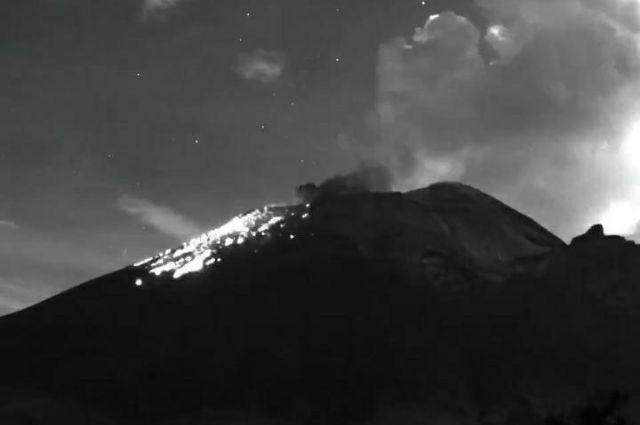 Registra explosión el volcán Popocatépetl