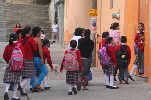 Modifican calendario escolar para recuperar clases perdidas por sismo