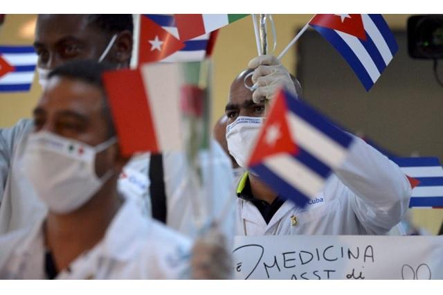Regresa a su país delegación cubana que apoyó a México durante emergencia