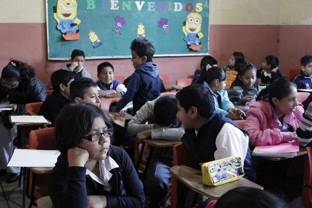 Reconoce maestra que la desigualdad afecta el proceso de enseñanza