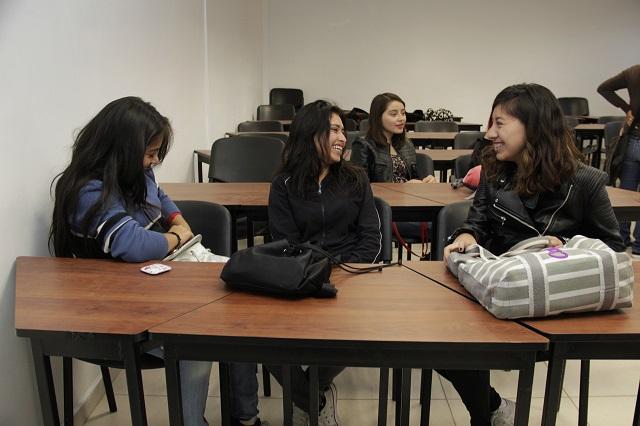 Aprueban reformas para educación menstrual en escuelas de Puebla