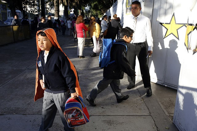 Casi 3 mil escuelas en Puebla aún no tienen clases por sismo