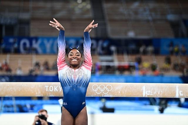 Simone Biles regresa a la competencia y obtiene bronce en JJ. OO.