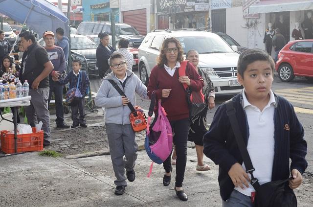 Para proteger a escolares y docentes suspenden clases hoy en Acajete