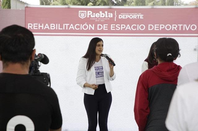 Rehabilita ayuntamiento cancha en el Deportivo Las Aves