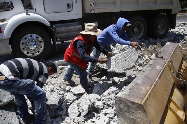 Piden constructores poblanos participar en obra pública