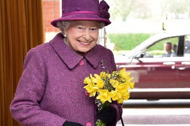 La reina Isabel ll publica por primera vez en Instagram