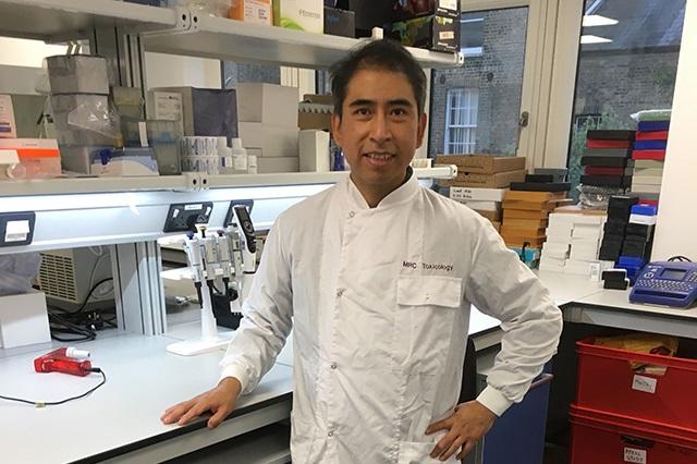 Egresado de la BUAP trabaja en investigación en el Reino Unido