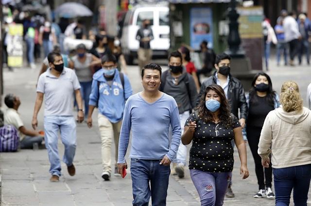Por decreto, arrestan a 4 personas por no usar cubrebocas en Nuevo León