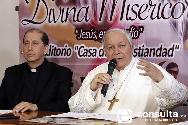 Destaca arquidiócesis poblana por avances en protección de menores