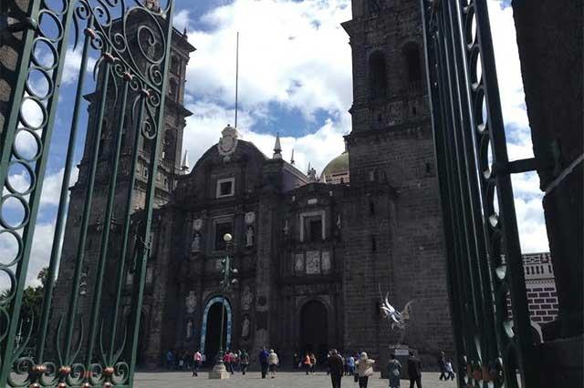 Abren Capilla de las Santas Reliquias en la Catedral de Puebla: arzobispo