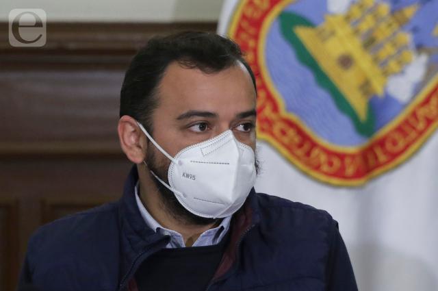 Multan con $8,962 a Morena, PT y PVEM por lonas de Sánchez Galindo