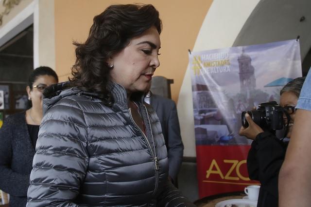 Ivonne Ortega renuncia al PRI; se queja de trampa y simulación