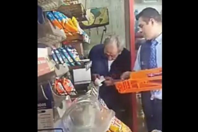 Repartidor de Bimbo robaba 90 pesos en cada entrega de mercancía