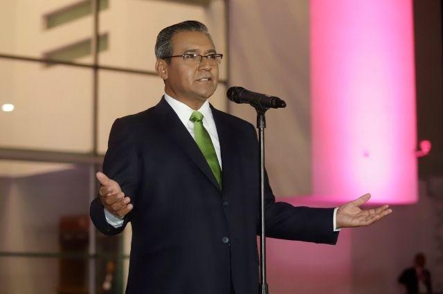 Reportan delicado a Alberto Jiménez Merino tras contagiarse de Covid-19