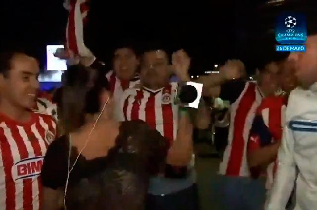 Muestran rostro del aficionado de Chivas que manoseó a reportera