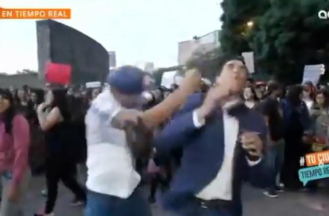 PGJ va tras sujeto que durante marcha golpeó a reportero: Sheinbaum