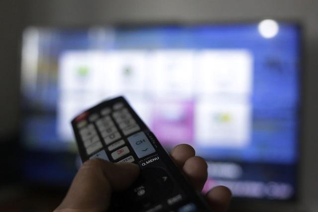 Favorecen noticiarios de radio y TV a Miguel Barbosa, según el INE