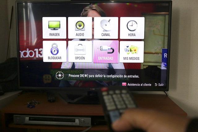 TV, mejor que internet para el ciclo escolar: experto