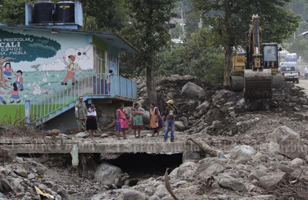 Atraso en reparación de escuelas por burocracia en el Fonden:  SEP