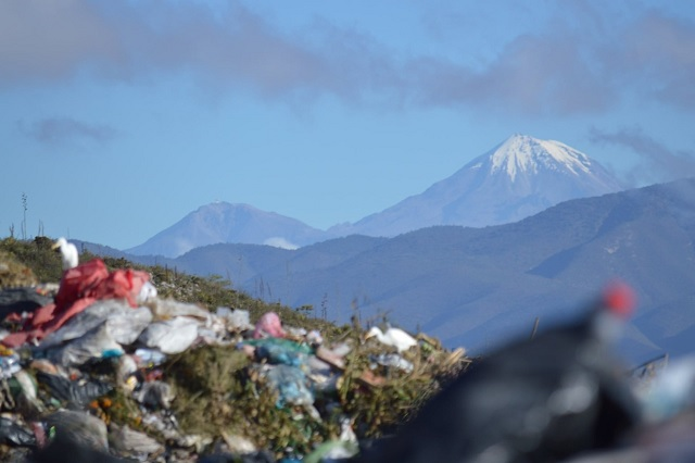 En riesgo de clausura relleno de Tehuacán por llevar residuos a Tepanco