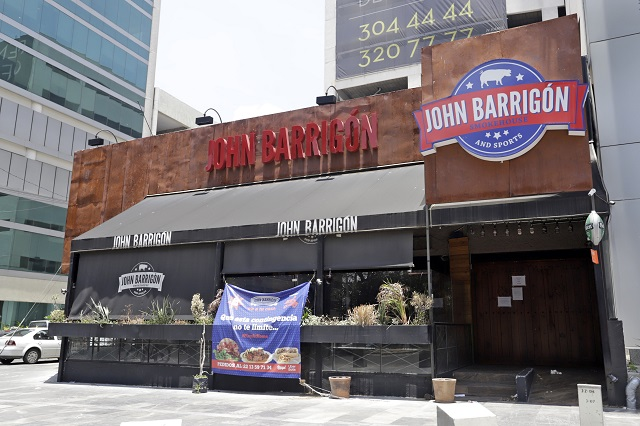 De última hora, restauranteros deciden no reabrir este lunes