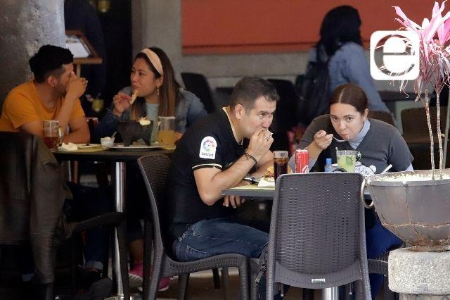Restauranteros prevén aumento de precios por alza de insumos