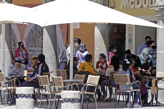 Critica Canirac adelantar cierre de restaurantes en Puebla