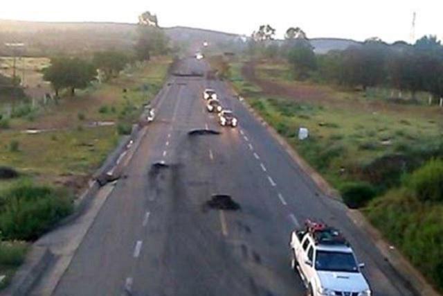 La CNTE retira bloqueos de la carretera 190 de Nochixtlán