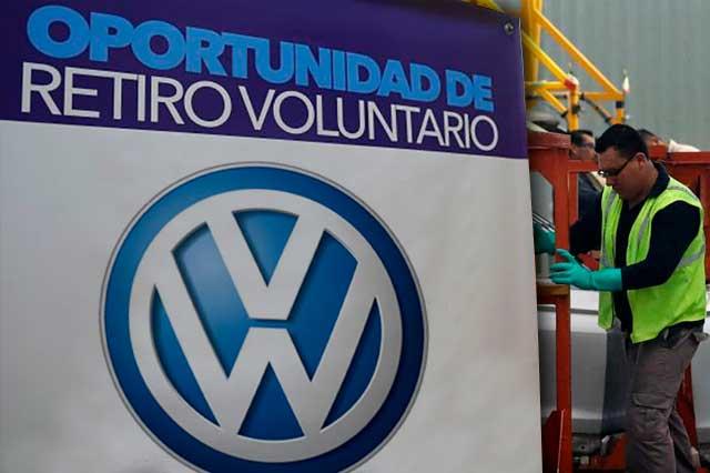 Ofrece VW retiro voluntario a sus trabajadores; sindicato se opone