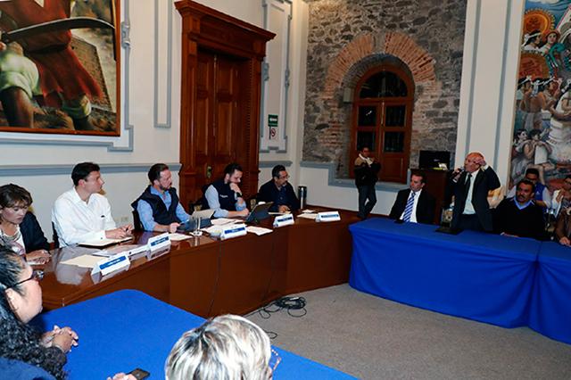 Sostiene alcalde de Puebla reunión con vecinos del norte de la ciudad