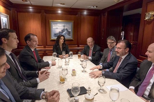 SRE precisa que las reuniones con el yerno de Trump fueron profesionales