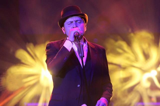 Reyli Barba reaparece para presentar canción al Papa