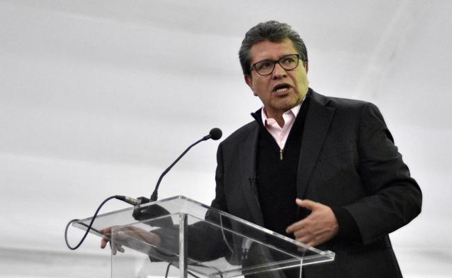Ricardo Monreal anuncia que no renunciará a Morena