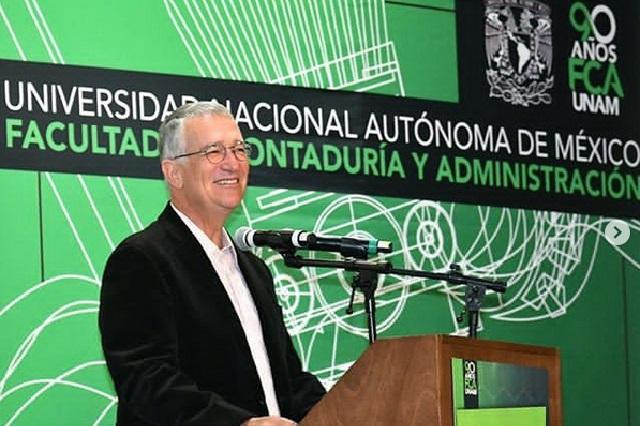 3 preguntas de Ricardo Salinas Pliego que causaron polémica en Twitter
